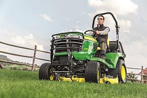 Neue Kompakttraktoren der Serie X900