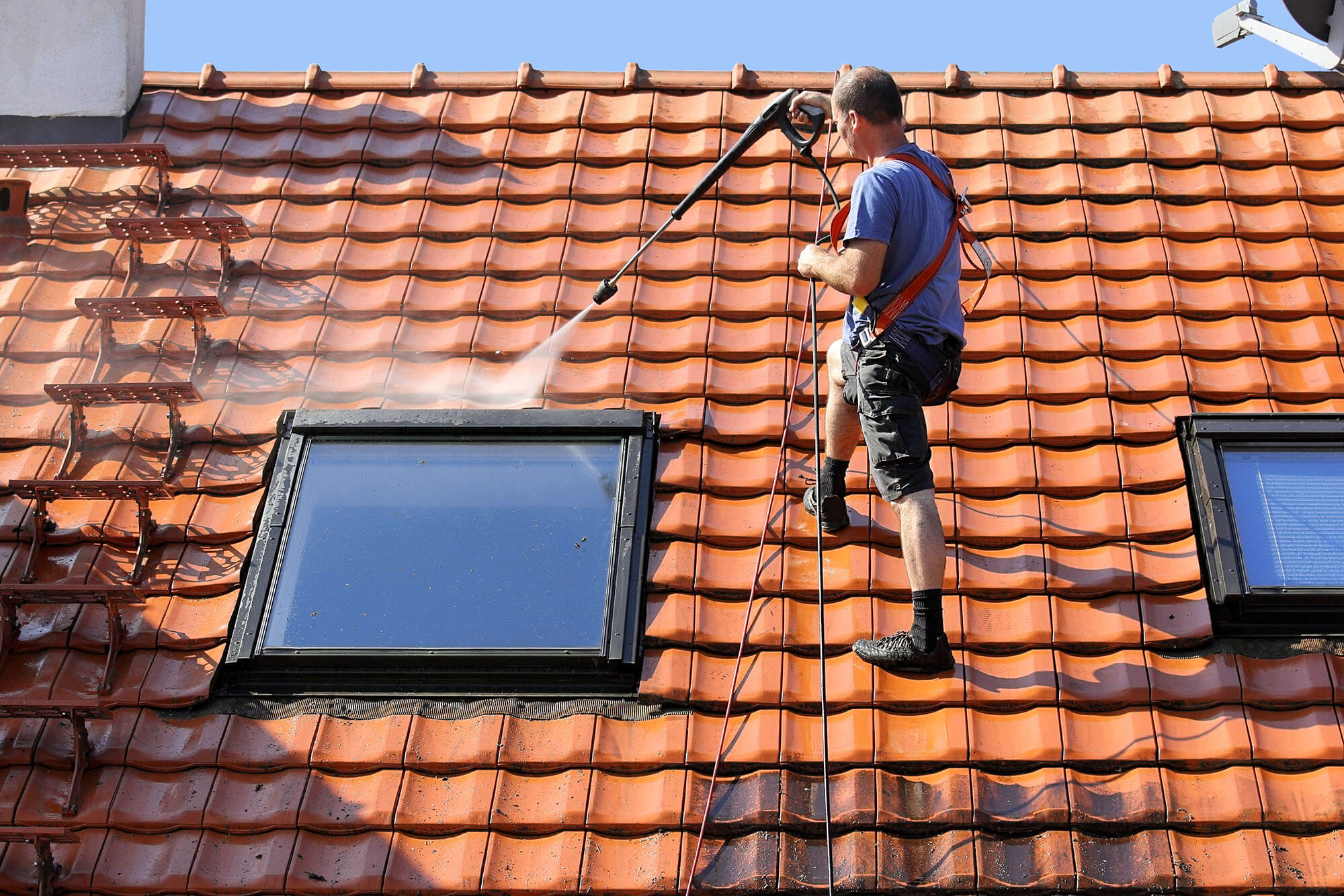 Arbeiten auf dem Dach – Ein unterschätztes Risiko